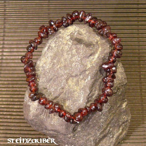 Splitterarmband aus Granat