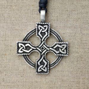 Amulett Keltisches Radkreuz aus Zinn