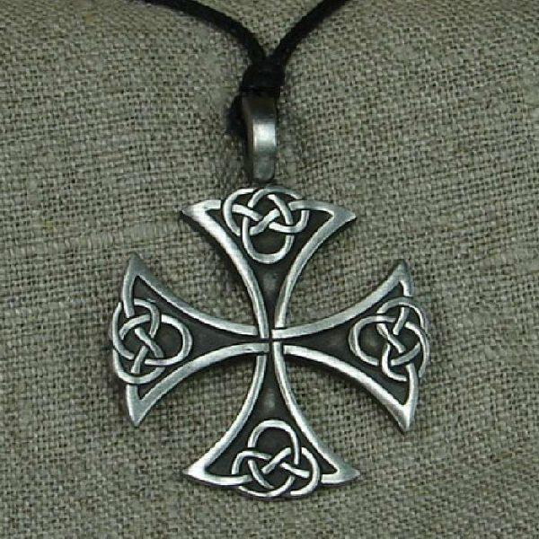 Amulett Keltisches St-Patrick Kreuz aus Zinn
