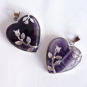 Romantisches Herz aus Amethyst