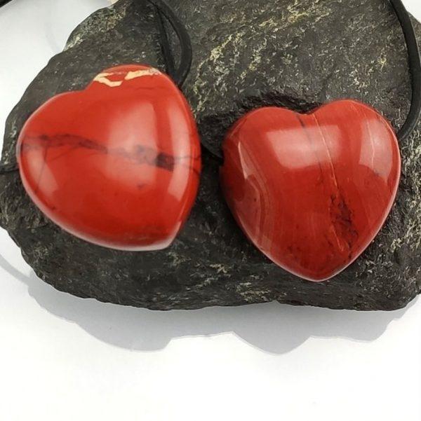 Herz 30 mm aus Rotem Jaspis