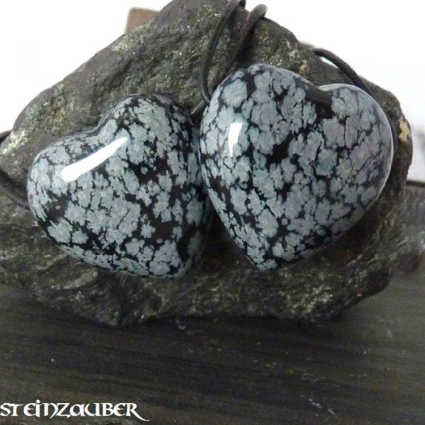 Herz 30 mm aus Schneeflockenobsidian