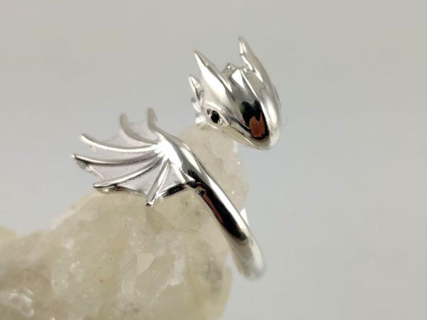 Außergewöhnlicher Drachenring aus 925 Sterlingsilber
